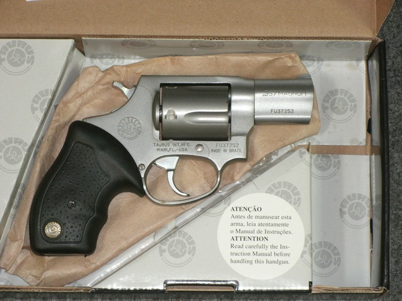 "Auto Mart Usa >> Revolvers and Derringers : TAURUS 605 357MG 2"" MSTS FS 5RD."