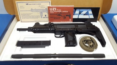 imi-uzi-b-nib-blue-perfect-014-pp