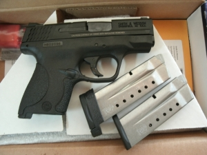 S&W M&P 9MM 3inch SHIELD PISTOL