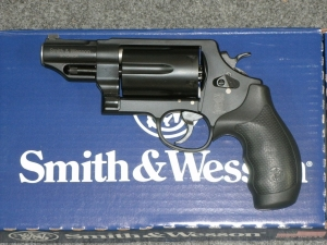 S&W Governor 45/410 2.75inch 6RD Black, Night Sites.
